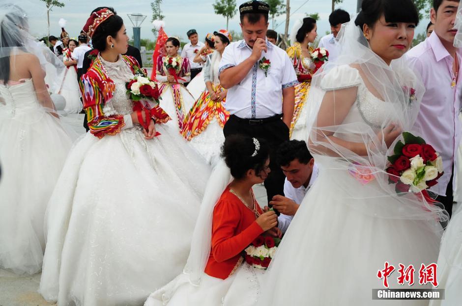 Matrimonio In Kazakhstan : Matrimonio en grupo de parejas el ºaniversario