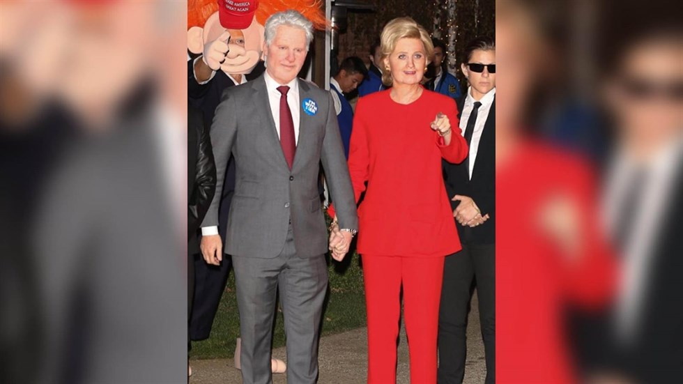Katy Perry y Orlando Bloom, irreconocibles como Bill y Hillary Clinton