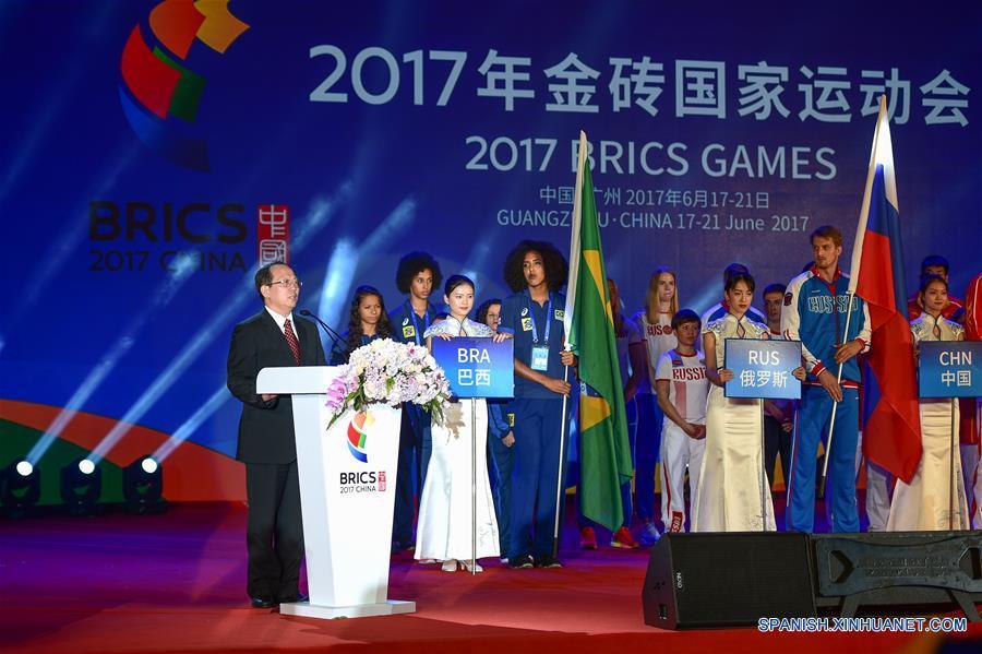 China afirma que cooperación de BRICS traerá una nueva