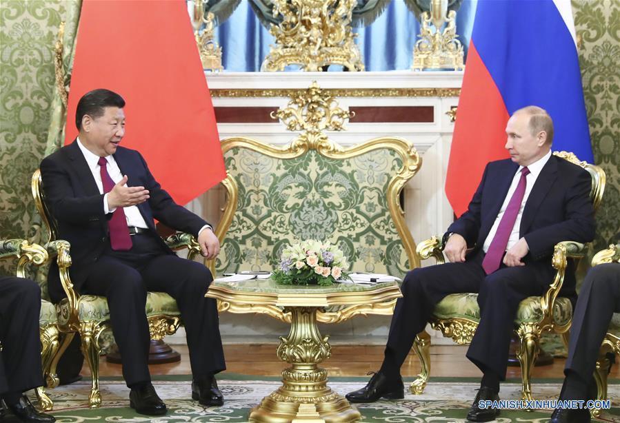 Presidente chino llega a Rusia para firmar acuerdos por 10 mil mdd