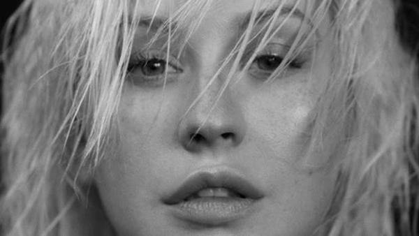 Christina Aguilera lanzó su más reciente canción 'Twice'