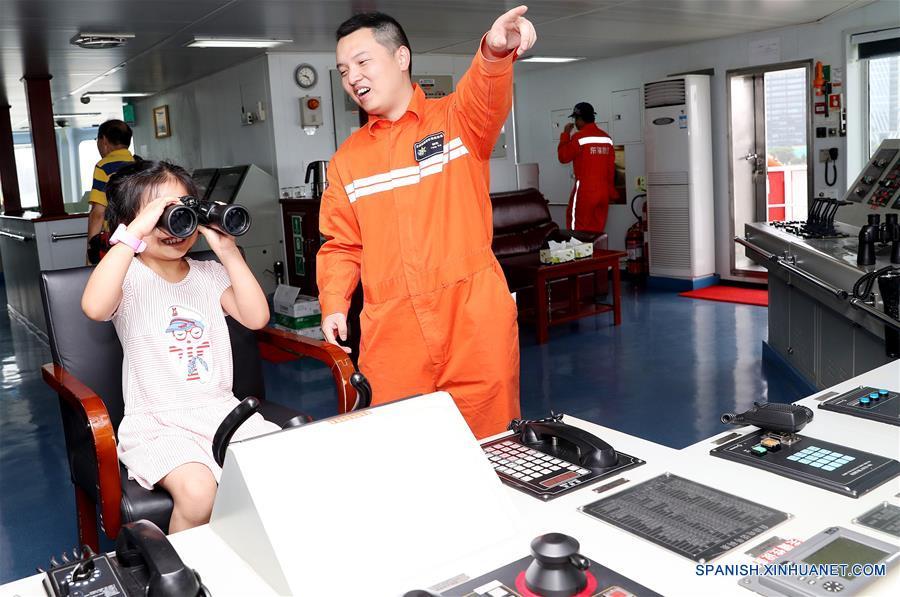 Jornada de puertas abiertas del buque llevada a cabo con motivo del Día Marítimo de China 2018