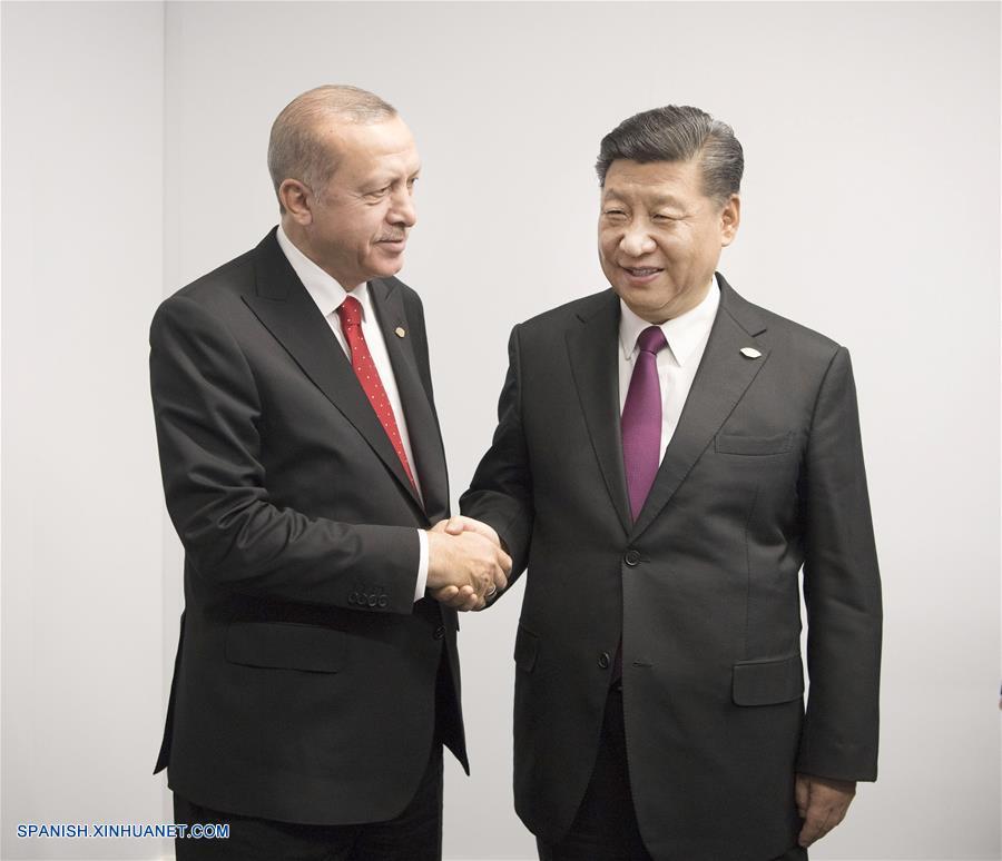 Presidente de Turquía Erdogan arriba a Venezuela a visitar a Maduro