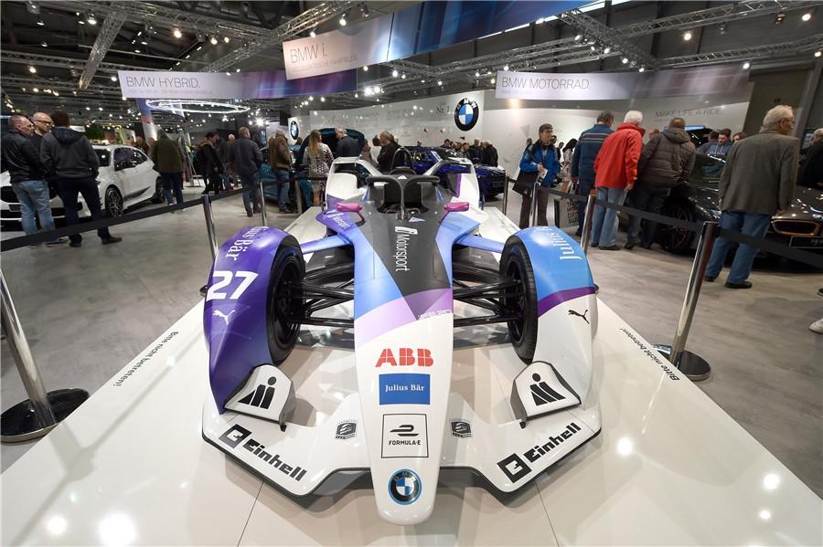 Los vehículos eléctricos de China brillan en el Salón del Automóvil de Viena 2020