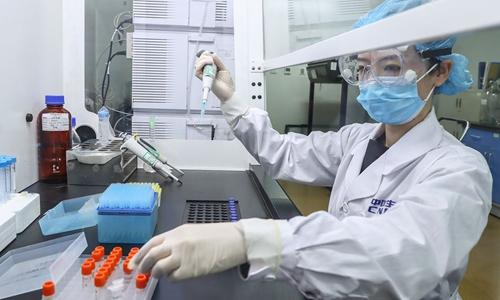La primera vacuna inactivada produce anticuerpos contra el Covid-19