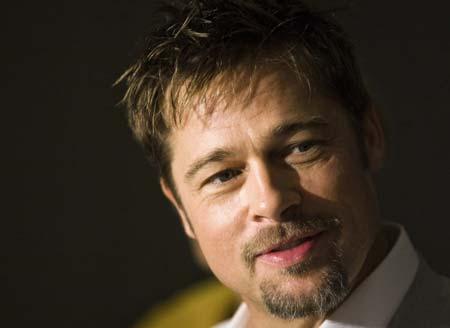 los tatuajes de angelina jolie. Brad Pitt y Angelina Jolie se mudan a Nueva Orleans