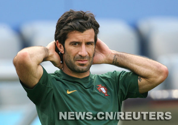 Fundamental para Portugal empezar bien, dice Figo