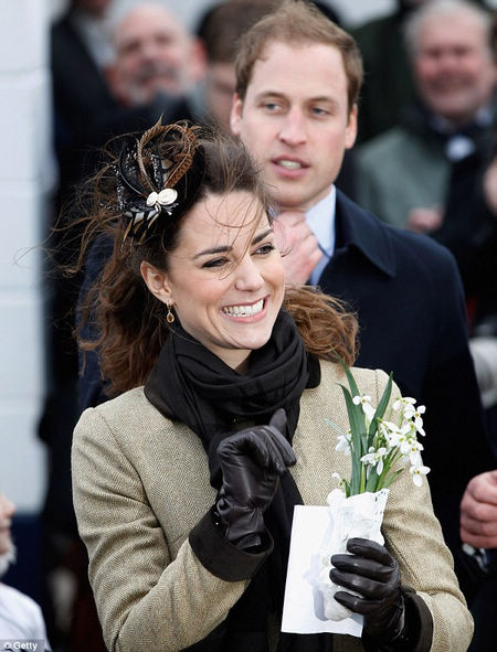 Confirman embarazo de Duquesa de Cambridge Kate Middleton